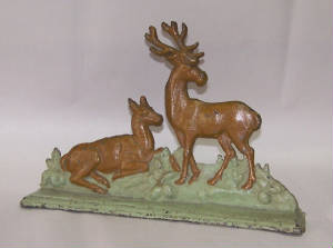STAG AND DOE DEER DOORSTOP
