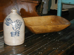 STONEWARE AND WOODENWARE